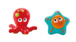 Hape water sprayers ocean animals 2-part red/blue