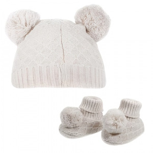 Soft Touch baby hat and socks PomPom junior polyester cream